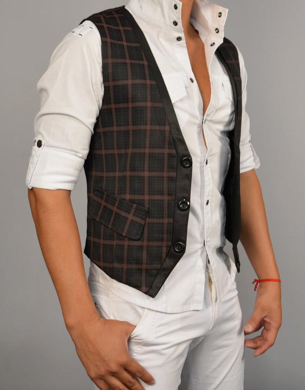Vest: Style#6106 Black/Wine